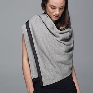 Lululemon big scarf